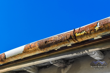 Signs You Need Gutter Replacement Service